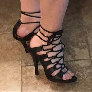 Yves Saint Lauren Black Lace up Heels 39/ 9 Italy